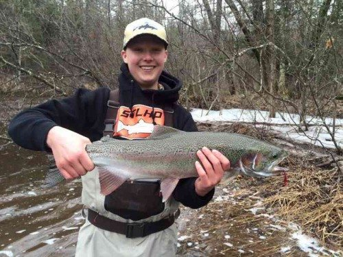 Brule river report 04 04 2016 fly by night guide service for Brule river fishing report